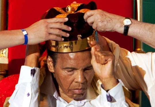 'King of Boxing' The crown of 'King of Boxing' is placed on Ali during the 50th Convention of the World Boxing Council in Cancun December 3, 2012. - Victor Ruiz Garcia/Reuters
