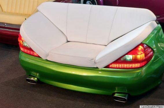 I divani più pazzi del mondo: la conversione di parti di automobili in divani è una tendenza popolare.