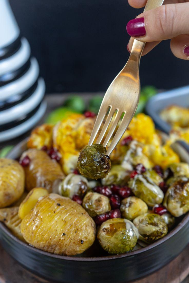 Gesundes Ofengemüse und Hasselback-Kartoffeln #mrsflury Mrs Flury Recipe, Winte …   – Blogger Rezepte