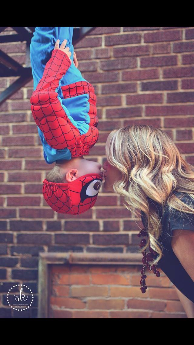 Spiderman! Kisses!! Best photographer ever! Spiderman birthday and 3 year pictures! #kidsphoto #momandson #photoidea