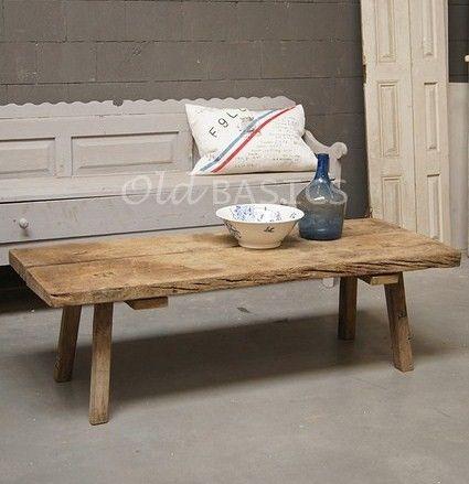 25 beste idee n over koeienhuid meubelen op pinterest koeienhuid stoel westerse meubels en - Westerse fauteuil ...