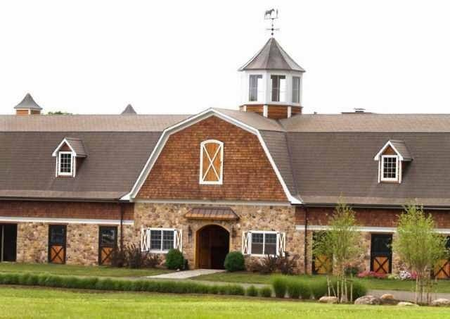 Can my barn please look like this one day? I mean, it looks like a horse barn you'd find in a national park...