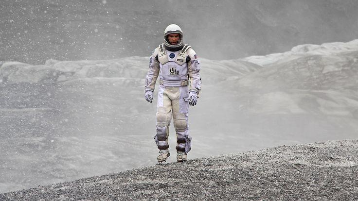 Kosmos kontra hobbici. Faworyci do Oscara za efekty specjalne . http://www.tvn24.pl/kultura-styl,8/oscary-2015-krotka-lista-nominowanych-za-najlepsze-efekty-specjalne,496507.html