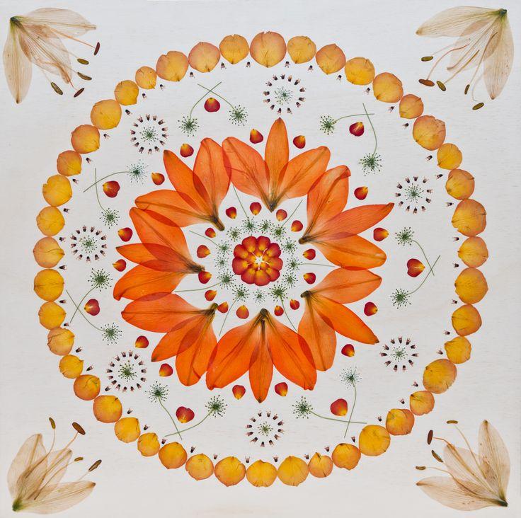 Kunstwerk aus Brautstrauss mit Lilien für Alexandra 60 x 60