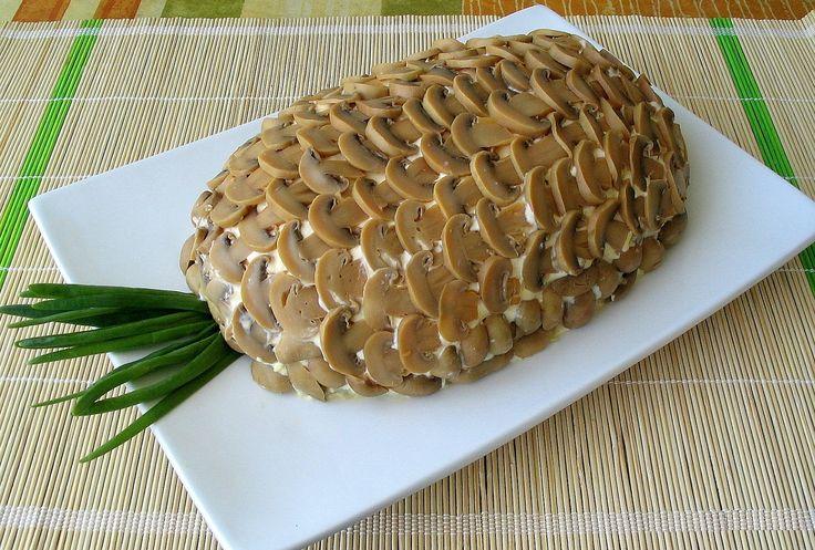 Салат ананасовый с крабовыми палочками