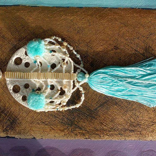 Серьги с Хамсой и перламутровыми бусинами #musthave на отдыхе! Невероятное сочетание цветов слоновой кости и морской волны особенно подчеркнут смуглый оттенок кожи 🌊 Цена - 2.500р. #Hamsa hand #earings with #pearl #beads are #musthave on #vacation ! Great mix of #ivory and #turquoise colors will emphasize your #tan ! WhatsApp +7 960 824-84-60 #Musthave  #hello_vacation #vacation #vacationmood #handmade  #style #vacationlook #jewelry #jewellery #streetstyle #itgirl #party #вечеринка #tranoi