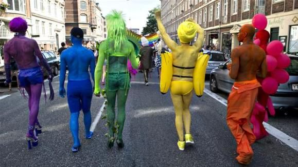 Copenhagen Pride 2012 (LGBT står for 'Lesbian, Gay, Bisexual, and Transgender'). (Foto: Scanpix)