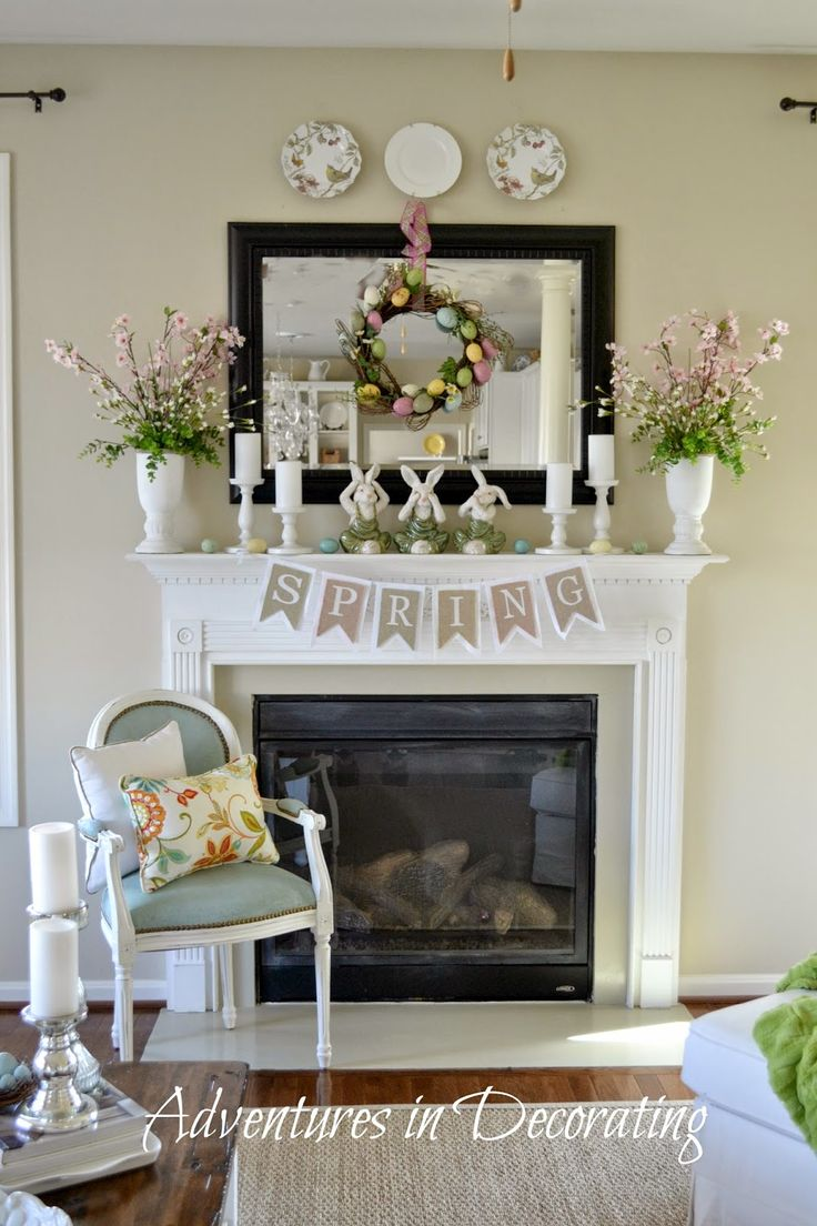 I have this very same spring banner!  I like the way she switched out the pastel color felt for the white---do this next year! (Adventures in Decorating)