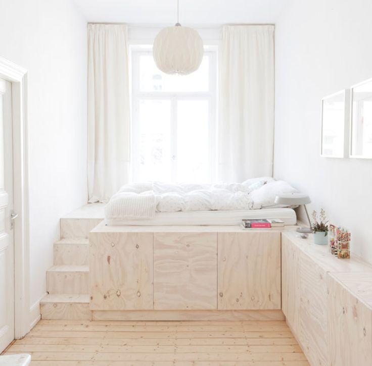 心地よい北欧インテリア、おしゃれなレイアウト画像集です。 今回は、 白と木が主体の優しい北欧スタイルのお部屋を…
