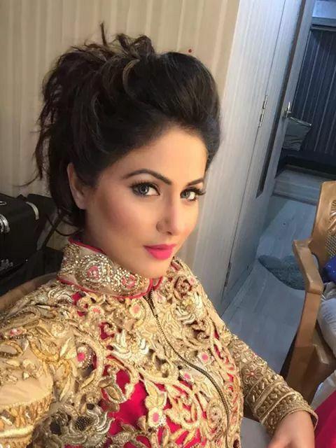 Heena khan aka akshara