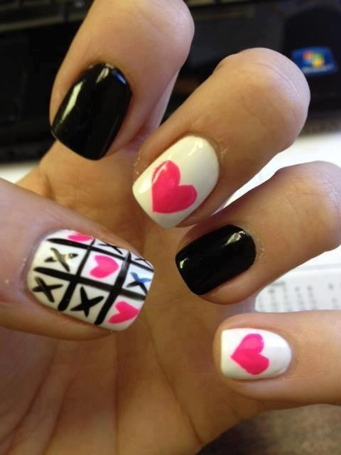 Very cute! But not the thumb design.. heart nails xo black white pink girly