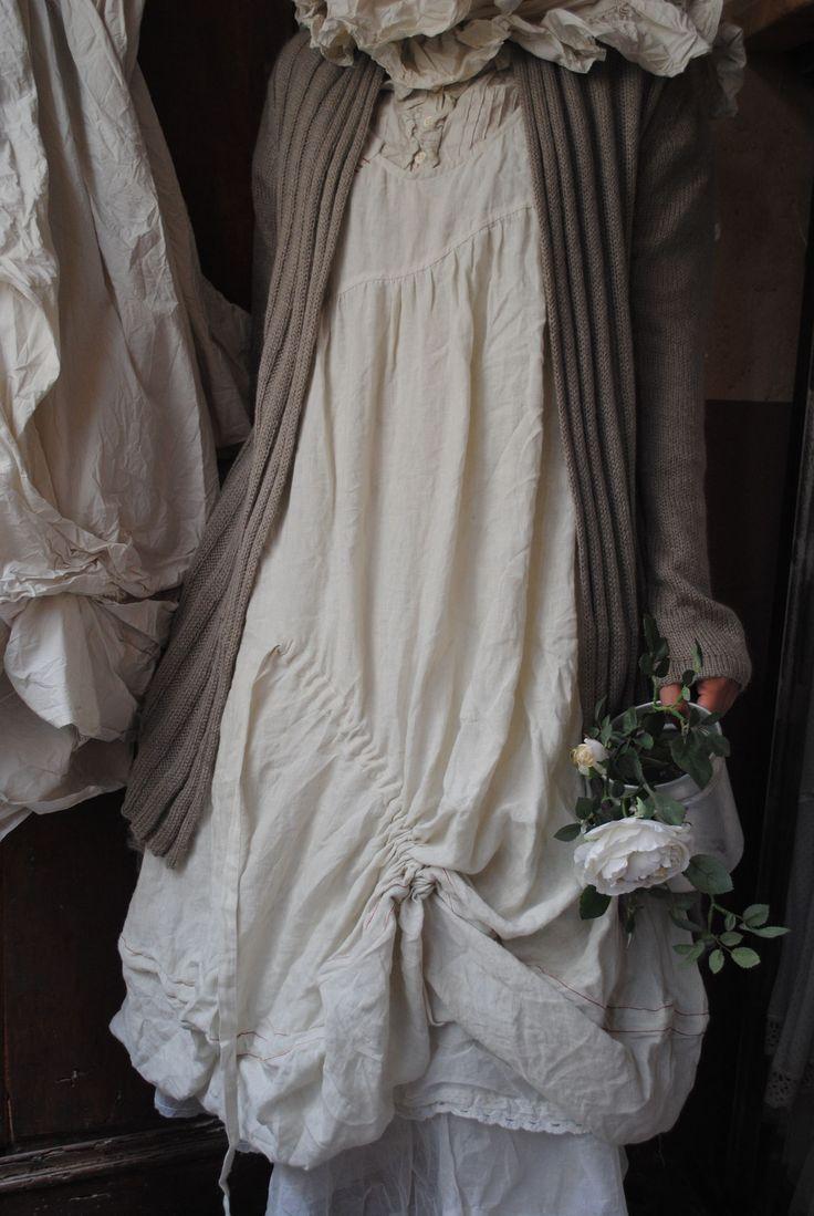 Mlle Flocon : ma robe en lin écru sans manche...