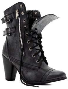 Black heeled combat boots=the only way to go