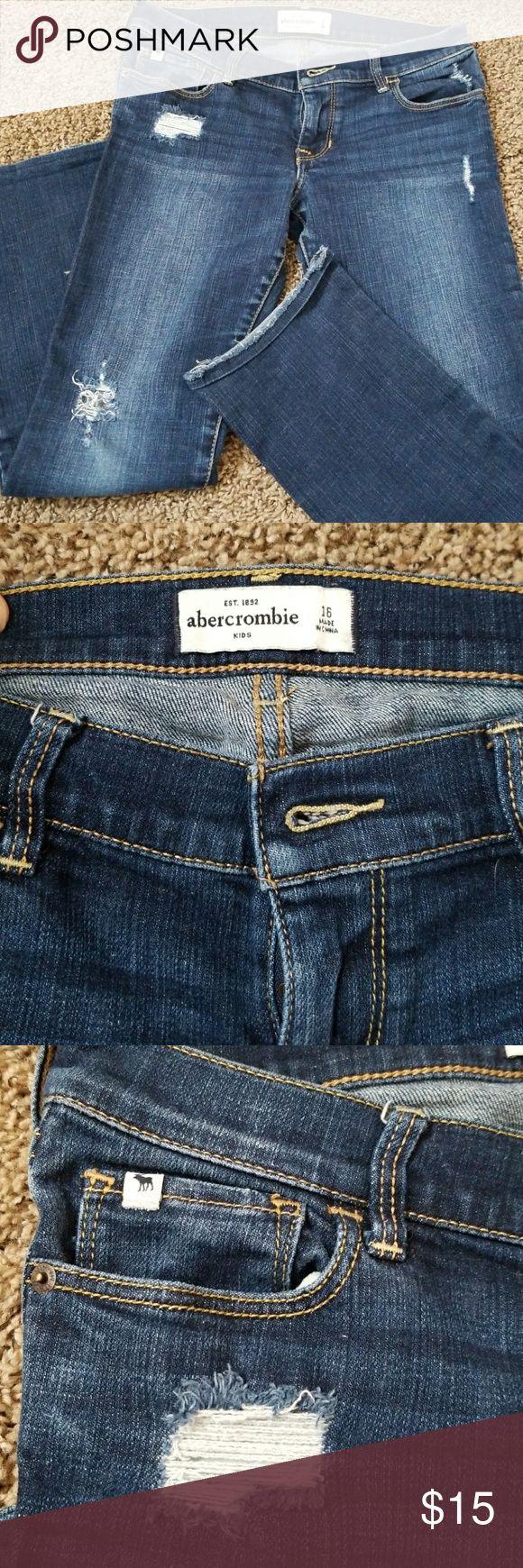 Abercrombie jeans Kids size 14 Abercrombie jeans...Great condition abercrombie kids Jeans Straight Leg