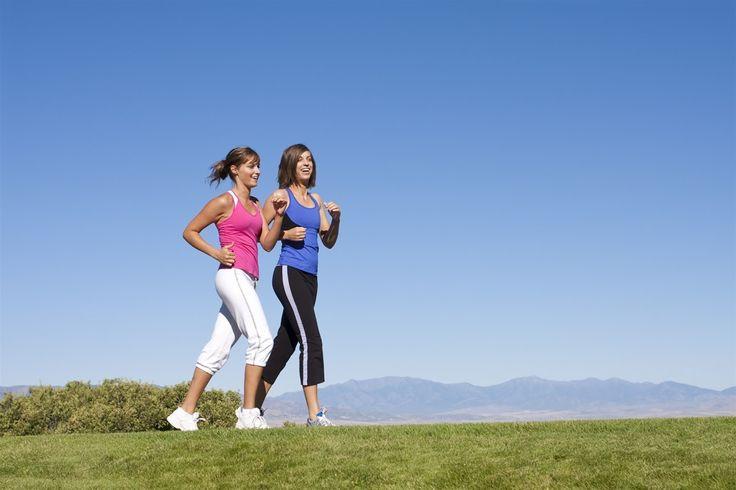 Tập thể dục là một phương pháp cần thiết của người bệnh trĩ nếu không muốn bệnh phát triển nặng hơn. Gợi ý cho bạn bài tập giúp ngăn ngừa và điều trị bệnh trĩ