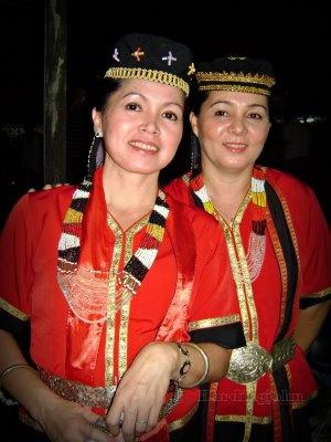Bidayuh Traditional Costume People Of The World Sarawak Costumes