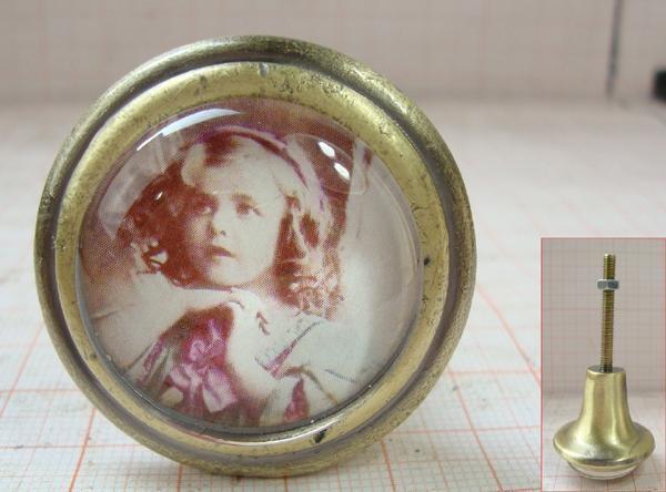 Möbelknöpfe Türknöpfe nostalgisch antik Glas Kleines Mädchen