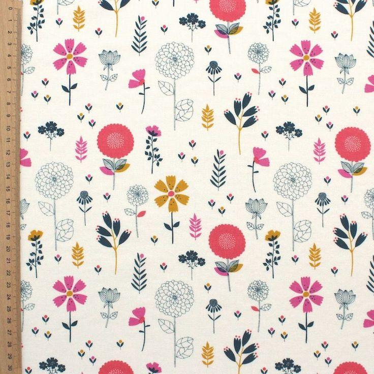 """Stof Kokka """"Bloom"""" by Rachel Cave, deze 100% katoen stof is zeer zacht en ideaal voor confectie van kleding en mode accessoires."""
