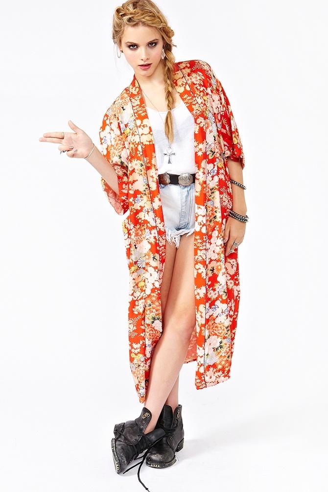 Claudia Floral Kimono - selling vintage kimonos by pairing ...