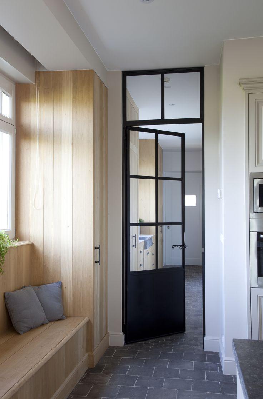 25 beste idee n over rustieke deuren op pinterest hoek for Deuren specialist