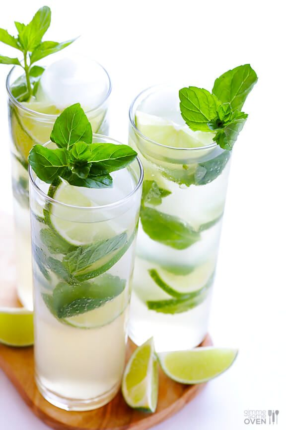 Ginger Beer Mojito -- All you need are 4 ingredients and 1 minute to make this fresh and tasty drink!   gimmesomeoven.com #cocktail #mocktail #recipe