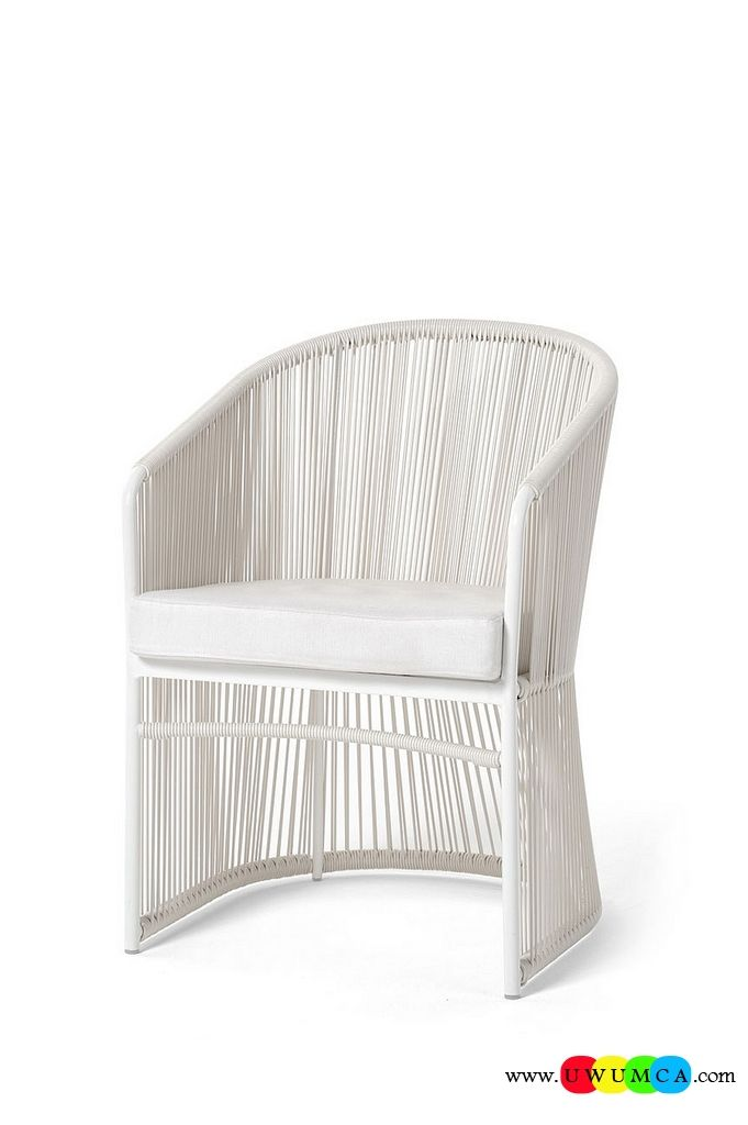 Outdoor / Gardening:Exquisite Diy Outdoor Lounge Furniture Decor Ikea Chairs Elegant Sofa Cushion Pillows Cheap Table Chaise Lounge Design Double Chaise Lounge For Living Room Seating In Relaxed White Is Perfect For The Summer Lounge Luxurious Decoration Collection From Paola Lenti Redefines Your Outdoor Lounge Decor
