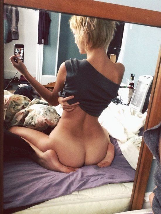 Girls naked pussies and asses at mirror, drunk teen topless