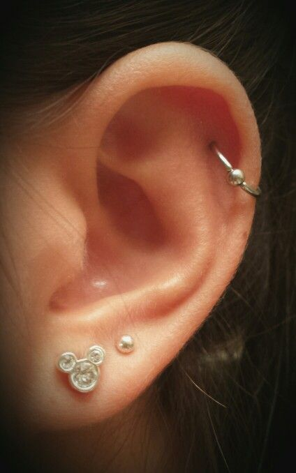 My cartlidge and double lobe piercings. (: