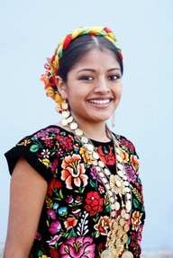 Mexican Traditional Clothinghttp://www.mexicanfashiondesigns.blogspot.in/2011/07/mexican-traditional-clothing.html