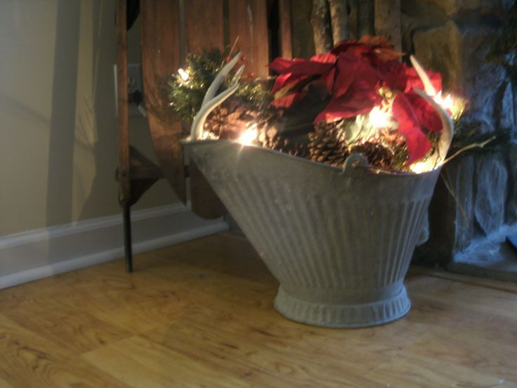 10 best images about uses of old coal buckets on pinterest for How to decorate a bucket