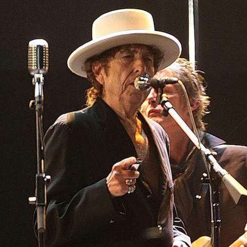 Bob Dylan snobba il Nobel, ma non è il primo a non presentarsi (anche se con giustificazioni un po' più solide)