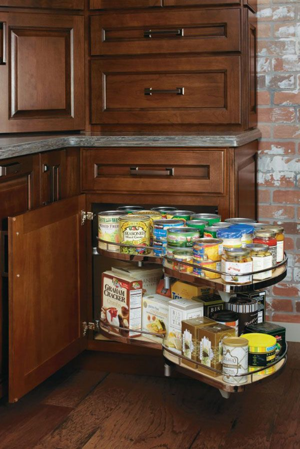 Supporting a total of 130 lbs, this innovative pullout allows for easy access and storage in those hard-to-reach corner areas.