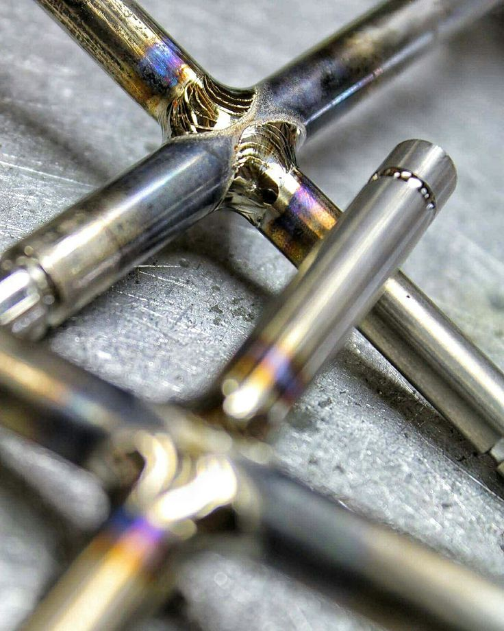 Titanium welding on the intake valve crosses