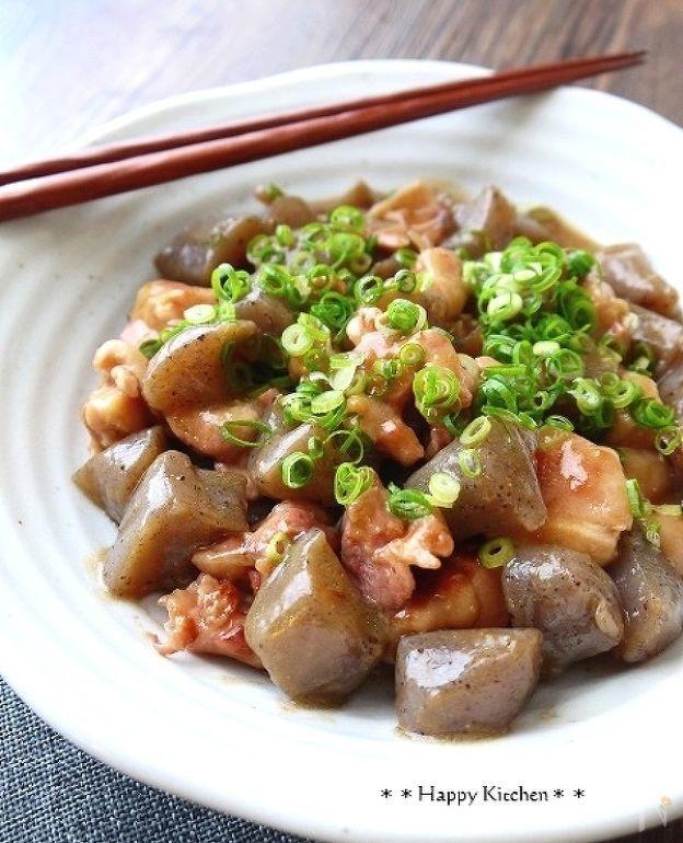 こんにゃくと鶏肉のとろとろこってり味噌煮 by たっきーママ