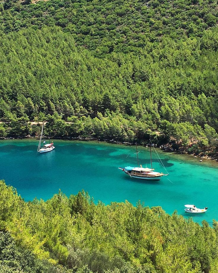 Paradise Bay (Cennet Koyu) in Fethiye / Muğla by Özlem Avcıoğlu. #türkiye #turkey #fethiye #muğla #paradisebay #cennetkoyu