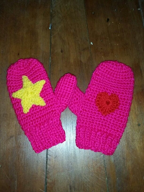 Crochet mittens with knit cuff and crochet star and heart decorations for little girl