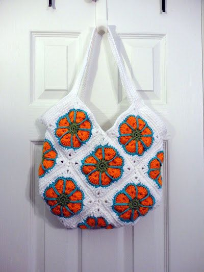 SALEAfrican Flower Granny Square Bag ready to door Craftielilhart, $25.00