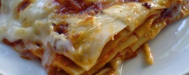 Lasagne på original italiensk opskrift med solfritti og bechamelsauce – Stjerneskud opskrifter