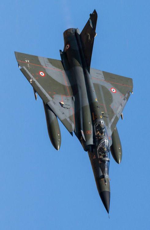 Mirage 2000                                                                                                                                                      Más                                                                                                                                                     Más