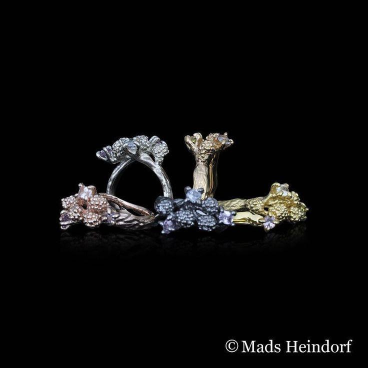 Myriader  Det pipler og bobler i skovbunden bland krat og mos kan du ane naturens smukkeste kreationer - safirer i alle regnbuens farver. Lad dig fortrylle af jordens gaver  #madsheindorf #madsheindorfjewellery #myriader #skovkrat #sapphires #silver #naturaltreasures #gemstones #handmade #goldsmith