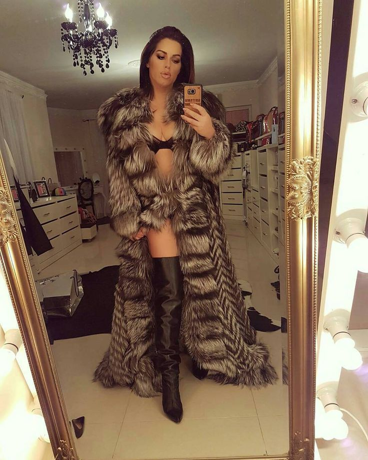 Full length fur, thigh high leather boots and lingerie, awesome look !!!!!