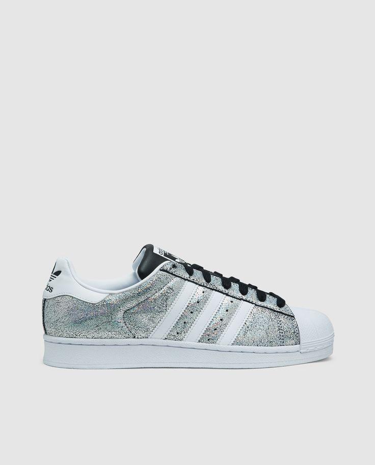 Zapatillas de piel de mujer Superstar Adidas de color plata con acabado metalizado brillante