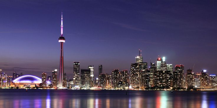The best hotels, restaurants, and things to do in Toronto!