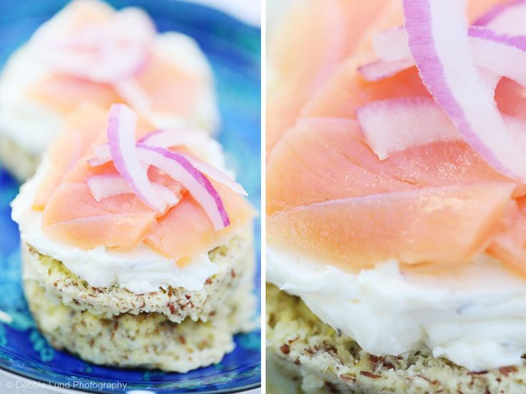 Smoked Salmon, Dill Cream Cheese & Sliced Onions on Onion Bread in a Mug [S] - Walking In Light
