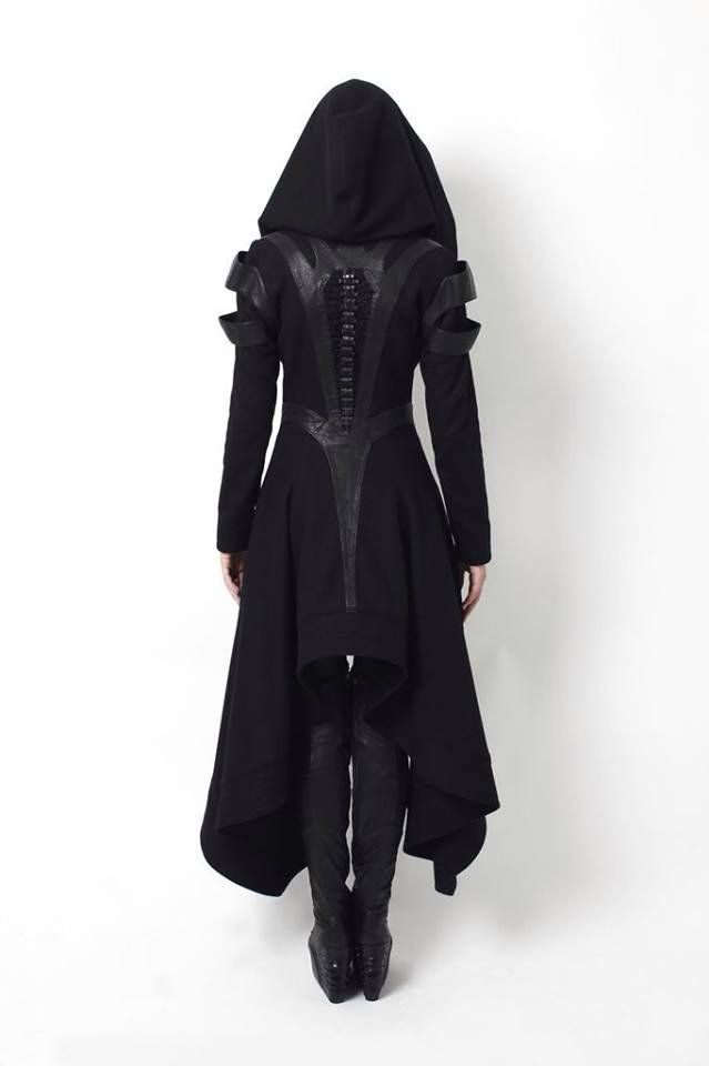 Avant Longcoat with hood Knee-high laced boot  Gelareh A/W 2014