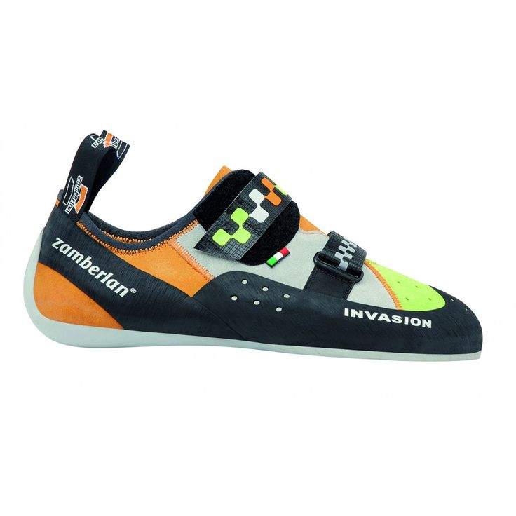 A52 INVASION - Shoes built on this last are more oriented to provide comfort even after many hours of climbing. It has a flat bottom and it features a lower asymmetry. Wide and comfy sole. #zamberlan #climbing #invasion #discoverthedifference