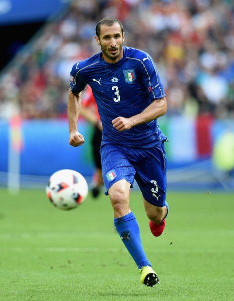 Italy v Spain - Round of 16: UEFA Euro 2016 - Pictures - Zimbio