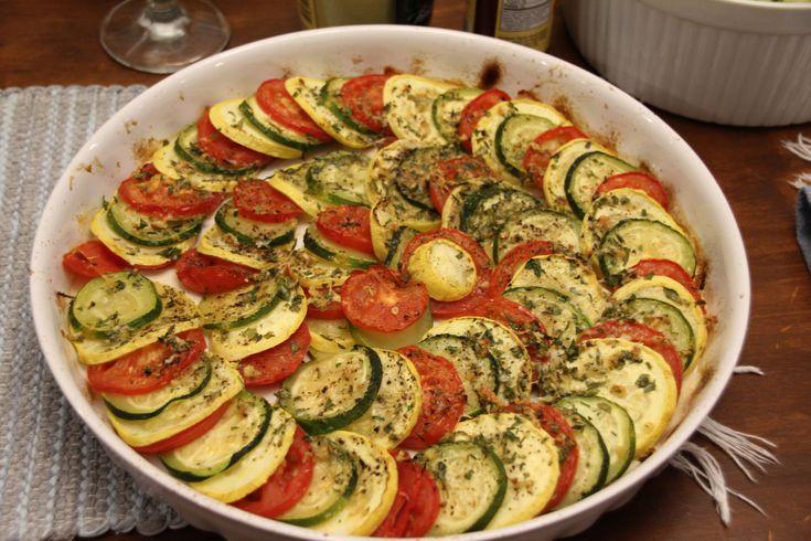 Gratín de zucchinis y tomate a la provenzal @ http://allrecipes.com.ar