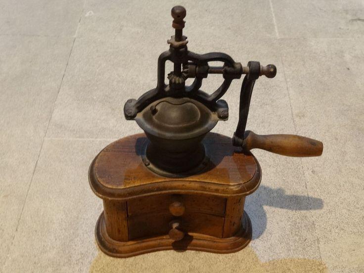 Rare moulin à café ancien à 2 tiroirs
