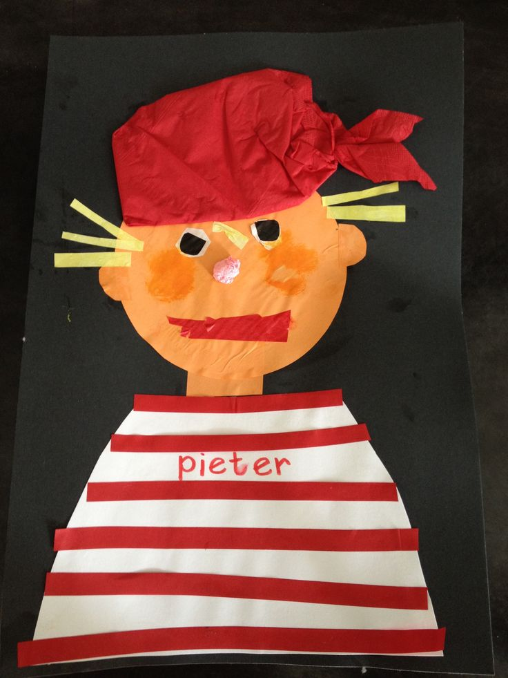 Piraat met muts van rood servet @storkschool